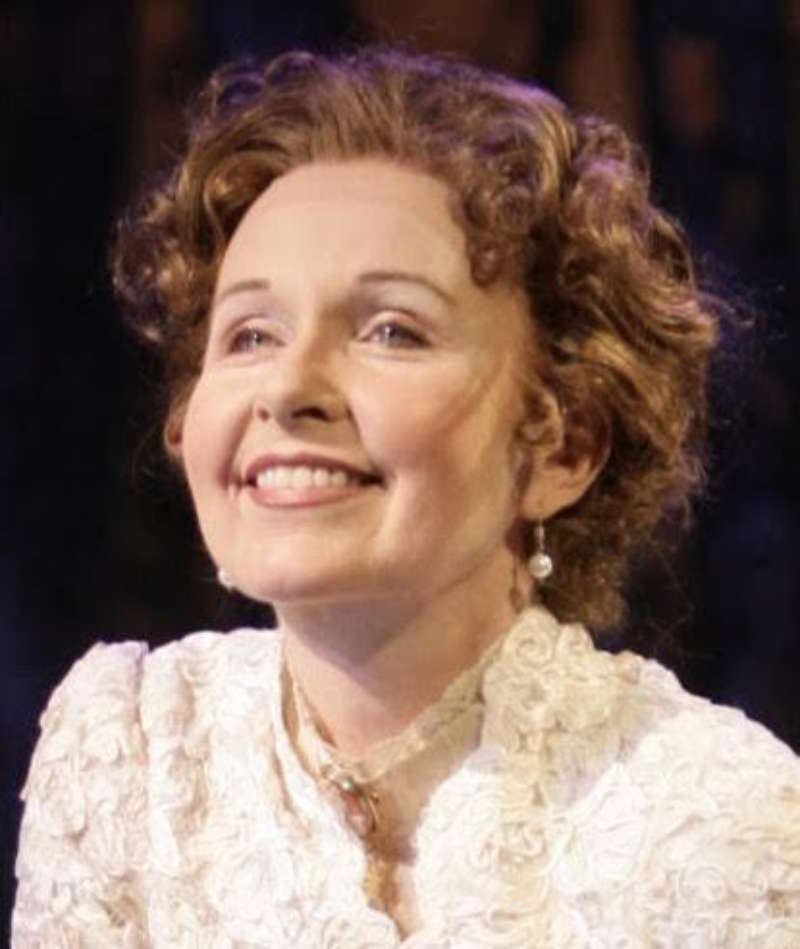 Kate Burton Headshot